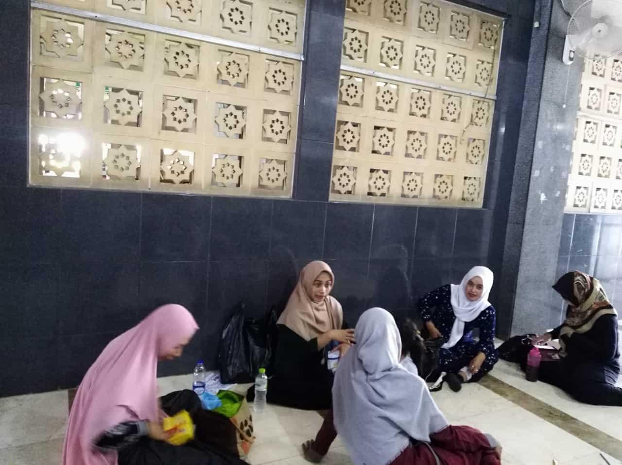 MEWARNAI KENALKAN MASJID SEJAK DINI Masjid Raya At Taqwa