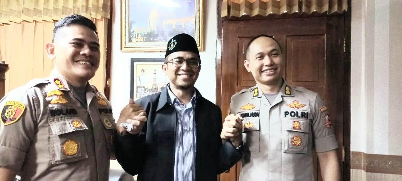 Cintai Rakyat, Polres Kota Cirebon Silaturahmi Ke At-Taqwa
