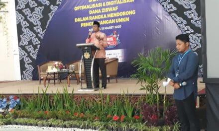 Umat Harus Siap Menghadapi Tantang Zaman. Ahmad Yani Pimpin Doa dalam Seminar Bank Indonesia