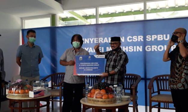 Ketua Dewan Penyatun At-taqwa, Bagikan 1.000 Voucher BBM Gratis untuk Sopir Angkot