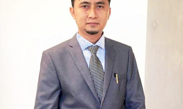 KHUTBAH JUM'AT – Sukses Menghadapi Musibah – DR. Wahyudin, M.Pd.I