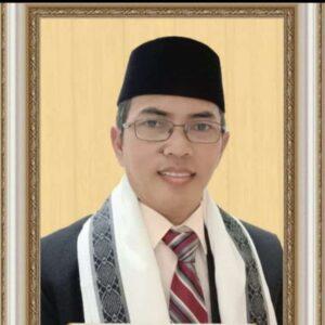 PERTARUNGAN ANTARA HAQ DAN BATHIL  Oleh : KH. Ahmad Aidin Tamim