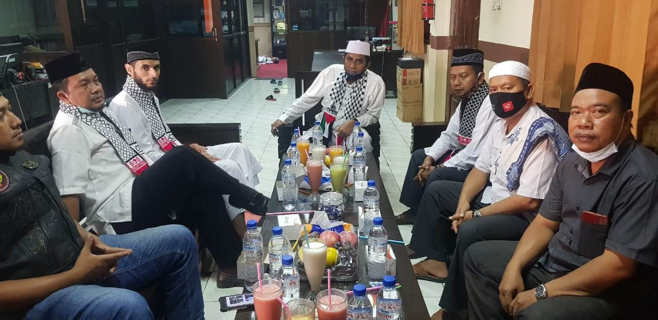 Ulama Gaza Palestina Syaikh Ma'mun Abu Samra Tiba di Masjid Raya At-Taqwa Kota Cirebon