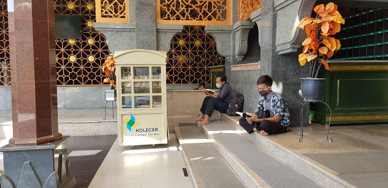 Dengan Perpustakaan & Kotak Literasi Cerdas Tak Sekedar Melayani Peribadatan, Masjid Raya At-Taqwa Juga Memfasilitasi Kecerdasan Ummat.