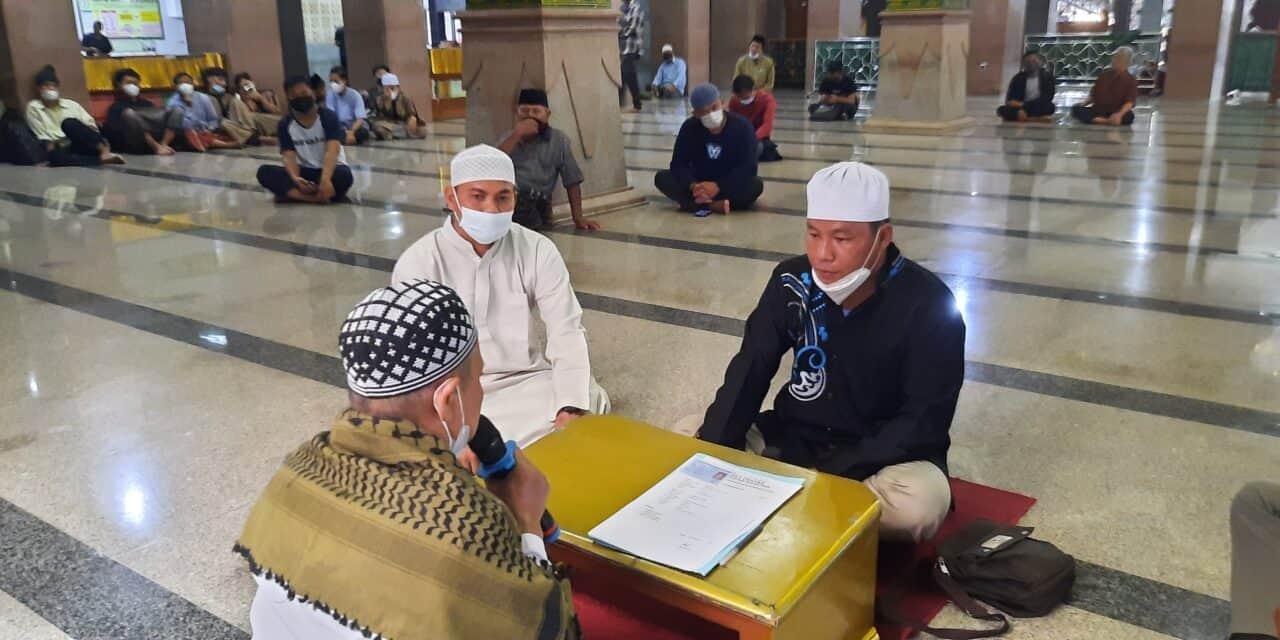 """Ikrar Muallaf Masjid Raya Attaqwa — """"Alhamdulillah, Saya Diberi Petunjuk Oleh Allah"""""""